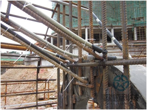 Fix telltale wire rope of test pile1 -Liuzhou Diwang International Fortune Center DuSense LLC Project