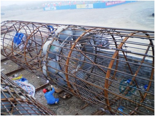 Strengthen the welding of load cell and reinforcement cage - Jiaxing - Shaoxing River-Crossing Bridge DuSense LLC Project