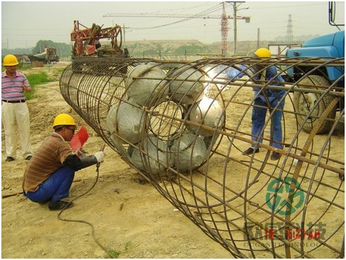 Weld load cell to reinforcement cage 2 - Zhengzhou New Train Station -DuSense LLC Project