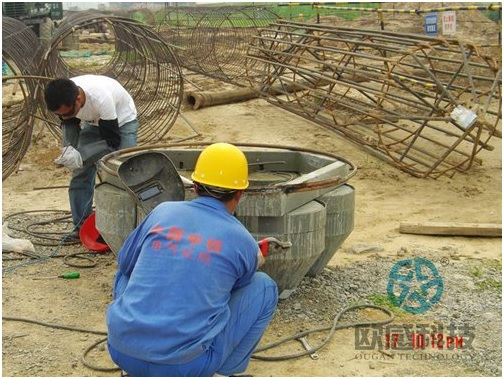 Weld reinforcement hoop to load cell 2 - Zhengzhou New Train Station -DuSense LLC Project