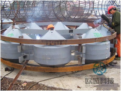 Weld reinforcement hoop to load cell 2 - Jiaxing - Shaoxing River-Crossing Bridge DuSense LLC Project